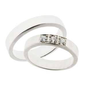 Forlovelsesringer gifteringer hvitt gull 3x0,08 diamant ca. 4,6