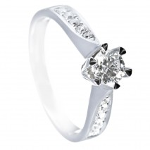 Ring hvitt gull 0,75 ct 1x0,54 tw/si + 0,21 tw/si