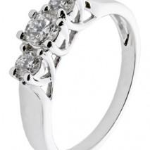 Diamantring Forever 0,25 tw/si diamanter.